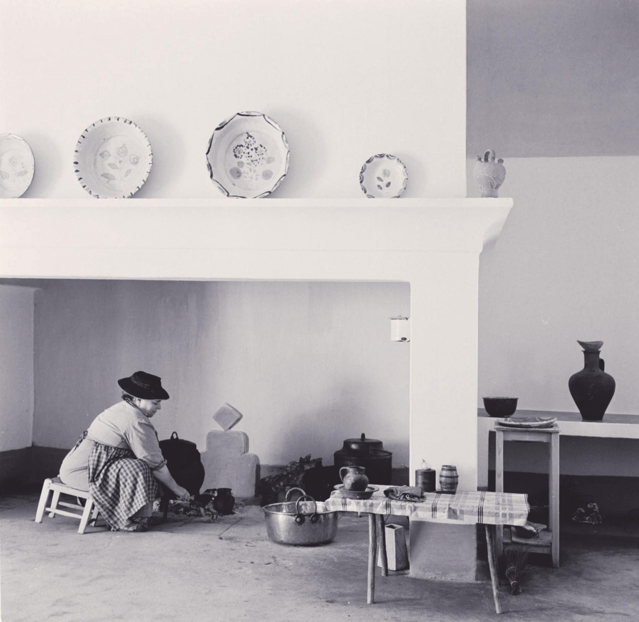 Interior de uma habitação no Alentejo (Artur Pastor, décadas 40-60)
