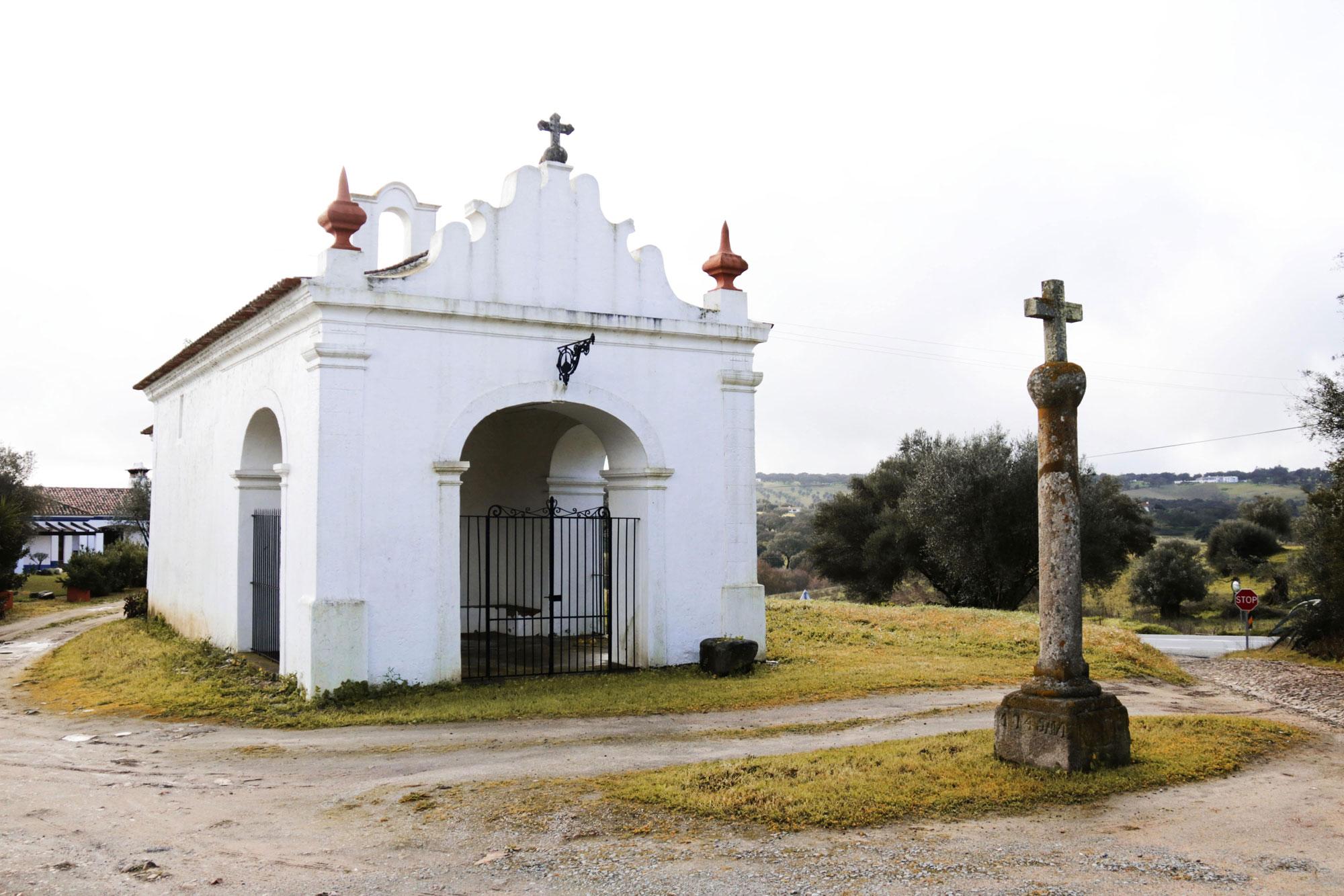 Caminho para a Ponte Cava, Ermida de Santo António (CMMN, 2019)