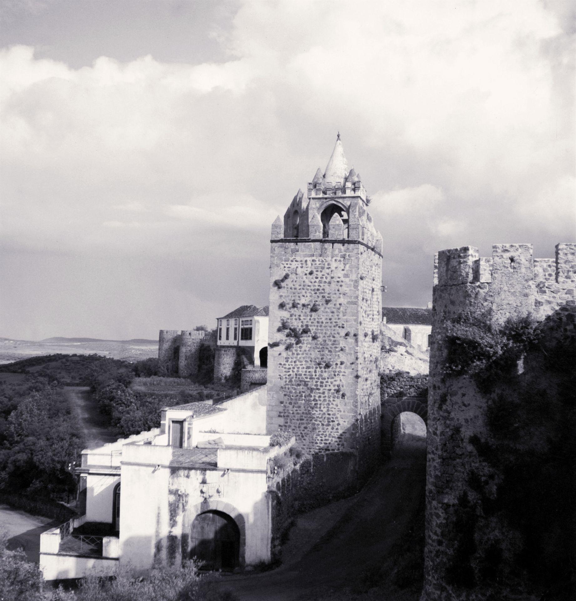 Castelo de Montemor-o-Novo (Artur Pastor, FCG, s/d)